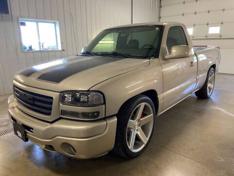 2005 GMC Sierra 1500 for sale at Robin's Truck Sales in Gifford IL