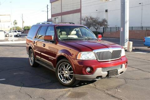 2004 Lincoln Navigator for sale at EXPRESS AUTO GROUP in Phoenix AZ
