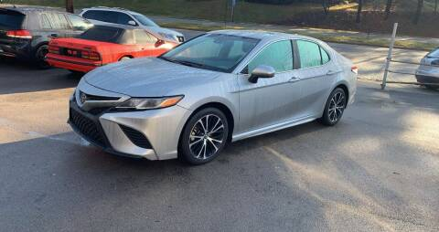 2019 Toyota Camry for sale at North Knox Auto LLC in Knoxville TN