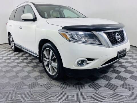 2014 Nissan Pathfinder for sale at Preowned of Columbia in Columbia MO