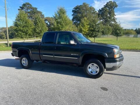 2003 Chevrolet Silverado 2500HD for sale at GTO United Auto Sales LLC in Lawrenceville GA