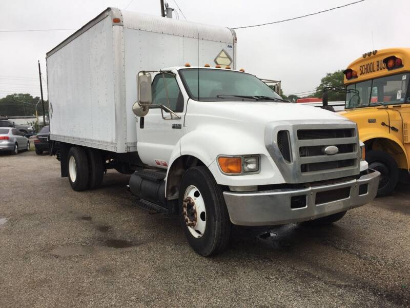 2006 Ford F-650 Super Duty for sale at BSA Used Cars in Pasadena TX