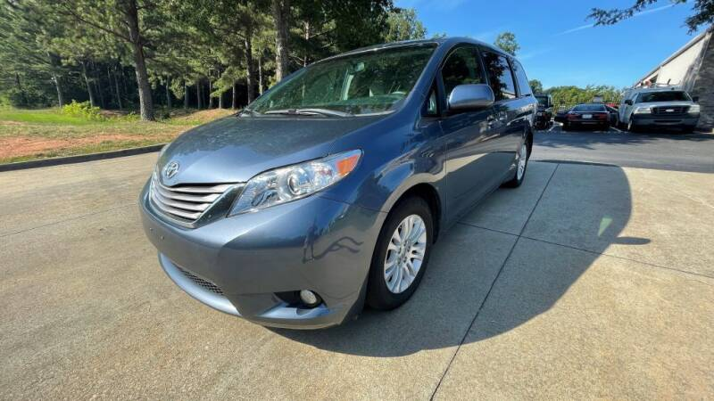 2017 Toyota Sienna for sale in Buford, GA