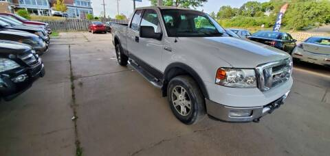 2004 Ford F-150 for sale at Divine Auto Sales LLC in Omaha NE