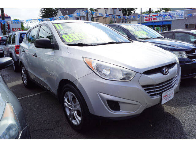 2011 Hyundai Tucson for sale at M & R Auto Sales INC. in North Plainfield NJ
