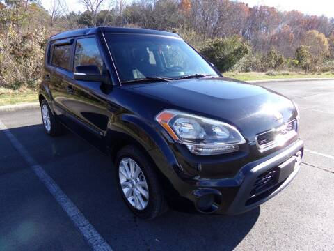 2013 Kia Soul for sale at J & D Auto Sales in Dalton GA