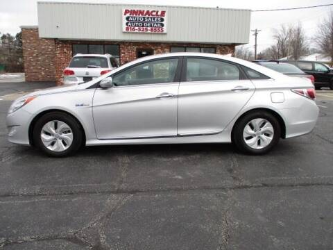 2014 Hyundai Sonata Hybrid for sale at Pinnacle Investments LLC in Lees Summit MO