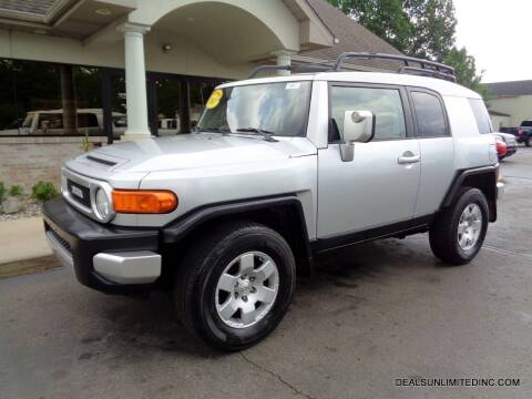 2007 Toyota FJ Cruiser for sale at DEALS UNLIMITED INC in Portage MI