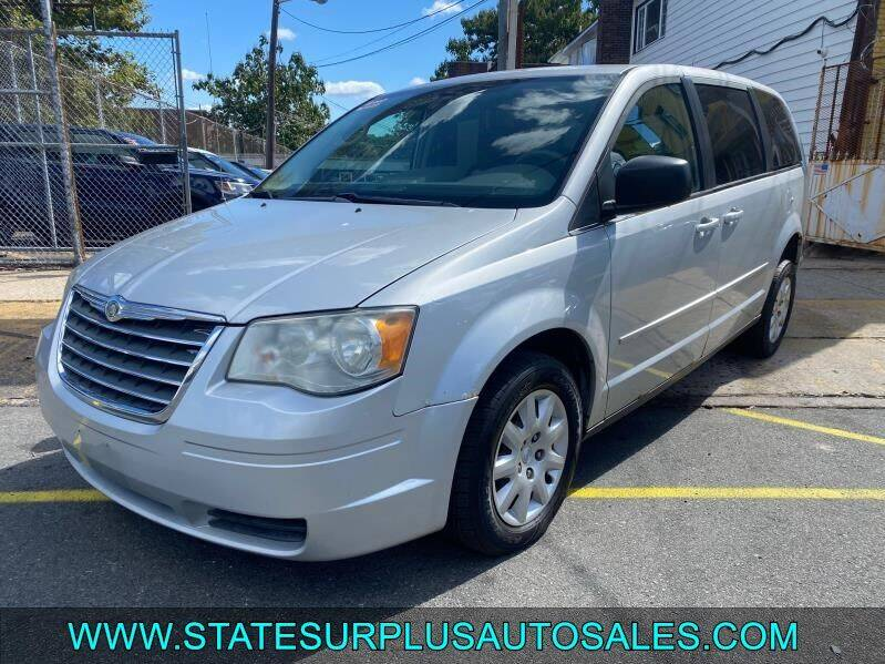 2009 Chrysler Town and Country for sale at State Surplus Auto in Newark NJ
