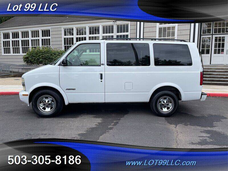 2002 Chevrolet Astro for sale in Milwaukie, OR