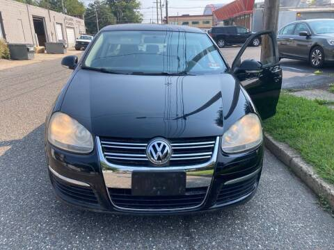2009 Volkswagen Jetta for sale at Michaels Used Cars Inc. in East Lansdowne PA