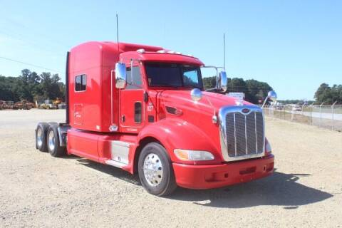 2015 Peterbilt 386 for sale at Vehicle Network - Dick Smith Equipment in Goldsboro NC