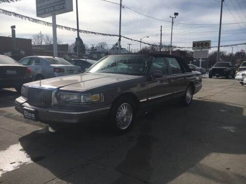 1995 Lincoln Town Car for sale at Dino Auto Sales in Omaha NE