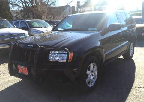 2009 Jeep Grand Cherokee for sale at Knowlton Motors, Inc. in Freeport IL