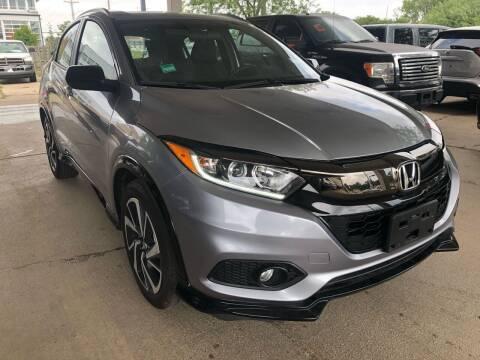 2020 Honda HR-V for sale at Divine Auto Sales LLC in Omaha NE