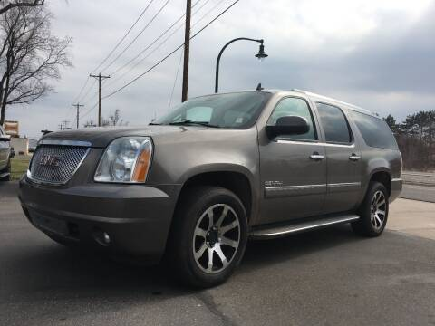 2011 GMC Yukon XL for sale at Premier Motors LLC in Crystal MN