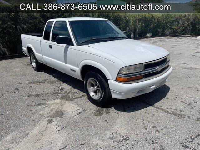 1999 Chevrolet S-10 for sale in Deland, FL