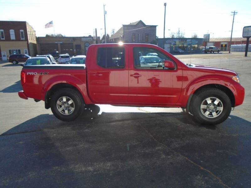2011 Nissan Frontier for sale at NORTHLAND AUTO SALES in Dale WI