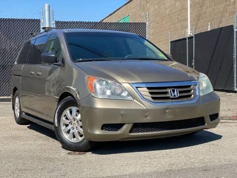 2008 Honda Odyssey for sale at Illinois Auto Sales in Paterson NJ