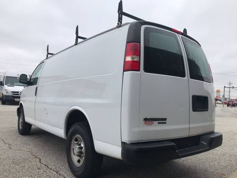 2015 Chevrolet Express Cargo 2500 3dr Cargo Van w/1WT - Cleveland OH