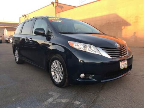2012 Toyota Sienna for sale at Cars 2 Go in Clovis CA