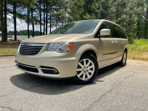 2014 Chrysler Town and Country for sale at Global Imports Auto Sales in Buford GA