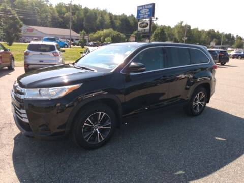 2019 Toyota Highlander for sale at Ripley & Fletcher Pre-Owned Sales & Service in Farmington ME
