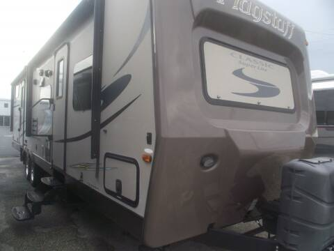 2015 Forest River Flagstaff for sale at Bates RV in Venice FL