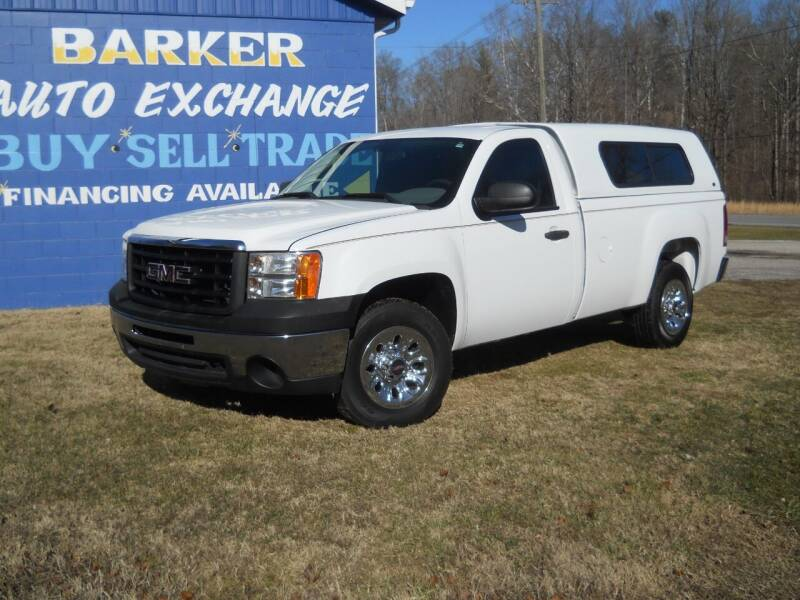 2013 GMC Sierra 1500 for sale at BARKER AUTO EXCHANGE in Spencer IN