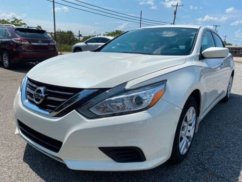 2016 Nissan Altima for sale at Signal Imports INC in Spartanburg SC