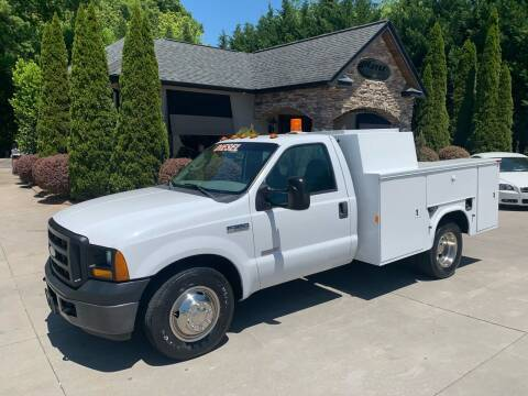 2006 Ford F-350 Super Duty for sale at Hoyle Auto Sales in Taylorsville NC