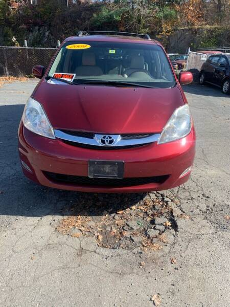 2009 Toyota Sienna for sale at ALAN SCOTT AUTO REPAIR in Brattleboro VT