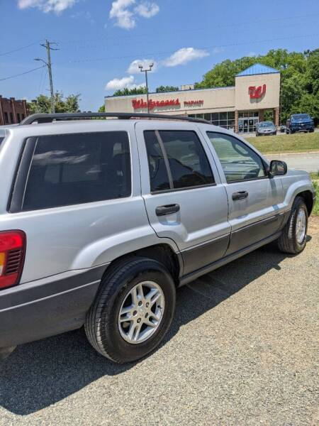 2004 Jeep Grand Cherokee for sale at Delgato Auto in Pittsboro NC