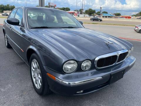 2004 Jaguar XJ-Series for sale at PRESTIGE AUTOPLEX LLC in Austin TX
