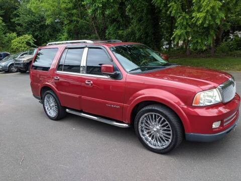 2006 Lincoln Navigator for sale at Cash 4 Cars in Penndel PA