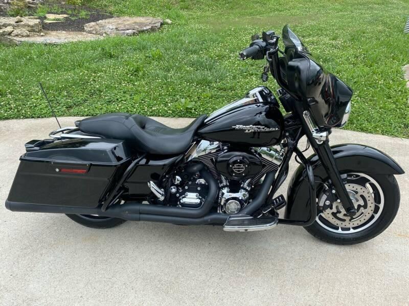 2008 Harley-Davidson FLHX for sale at HIGHWAY 12 MOTORSPORTS in Nashville TN