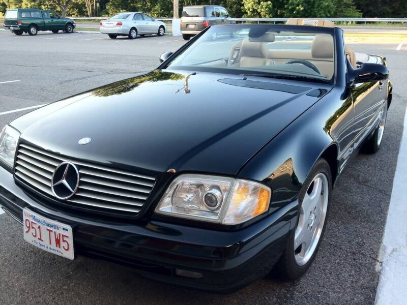 1999 Mercedes-Benz SL-Class for sale at The Car Store in Milford MA