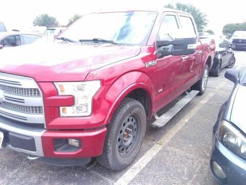 2015 Ford F-150 for sale at HERMANOS SANCHEZ AUTO SALES LLC in Dallas TX