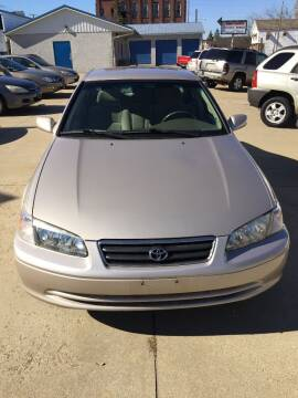 2000 Toyota Camry for sale at New Rides in Portsmouth OH