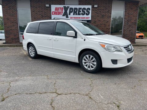 2012 Volkswagen Routan for sale at Auto Credit Xpress in Benton AR