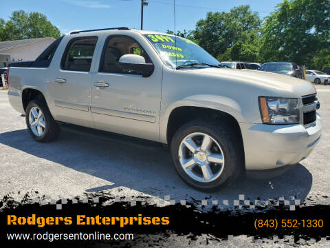 2008 Chevrolet Avalanche for sale at Rodgers Enterprises in North Charleston SC