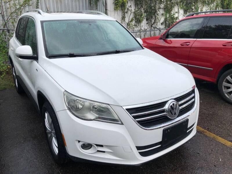 2010 Volkswagen Tiguan for sale at 4 Girls Auto Sales in Houston TX