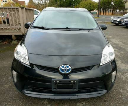 2014 Toyota Prius for sale at Life Auto Sales in Tacoma WA