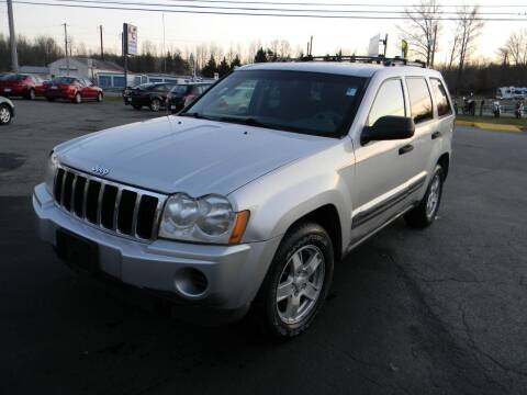 2005 Jeep Grand Cherokee for sale at A C Auto Sales in Elkton MD