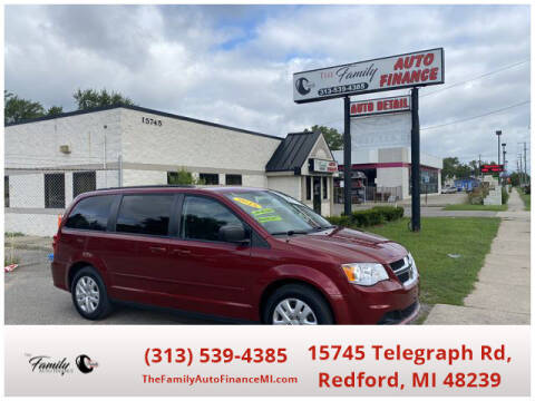 2015 Dodge Grand Caravan for sale at The Family Auto Finance in Redford MI