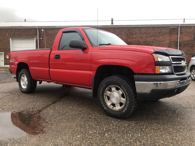 2006 Chevrolet Silverado 1500 for sale at Jim's Hometown Auto Sales LLC in Byesville OH