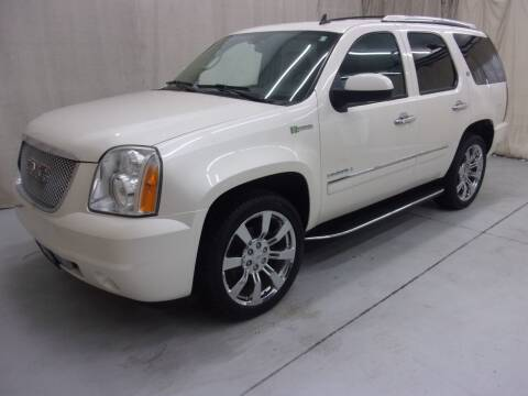 2012 GMC Yukon for sale at Paquet Auto Sales in Madison OH