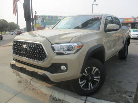 2018 Toyota Tacoma for sale at Quick Auto Sales in Modesto CA