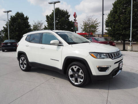 2021 Jeep Compass for sale at SIMOTES MOTORS in Minooka IL