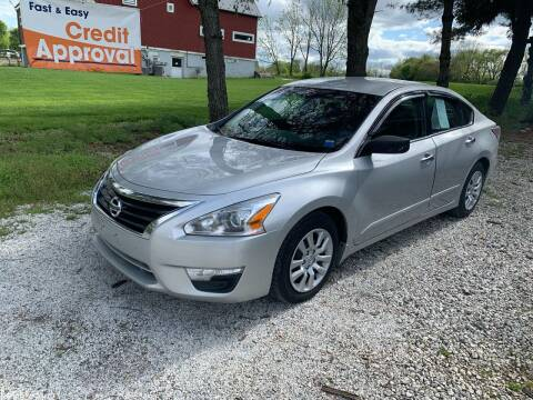 2015 Nissan Altima for sale at Caulfields Family Auto Sales in Bath PA